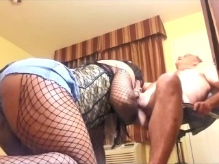 humongous behind Hot ebony shemale sucking White Daddy penis