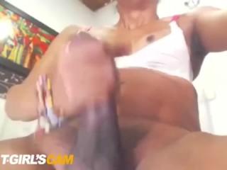 Hung latina transsexual
