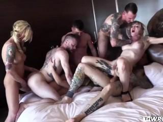 4 Hot t-girl - tgirl Orgy